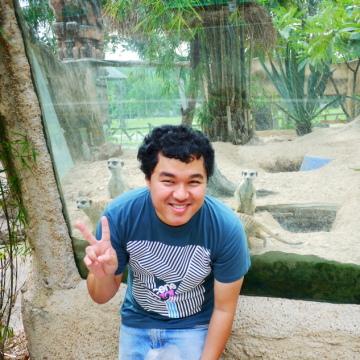 kun, 30, Bangkok Noi, Thailand