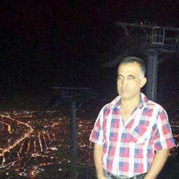 Yüksel Er, 44, Izmir, Turkey