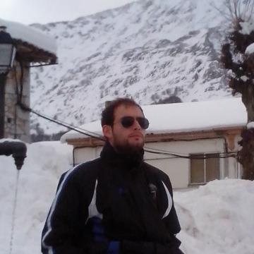 Javier de Castro, 28, Valladolid, Spain