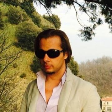 Leonardo, 30, Rimini, Italy