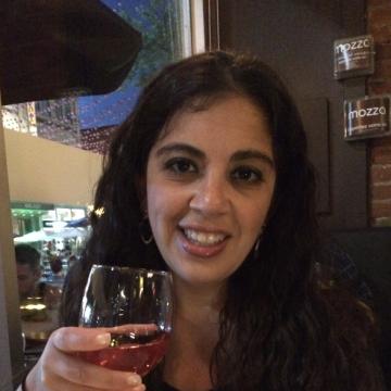Alice, 40, Montreal, Canada