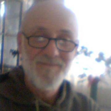 Erdal Erel, 62, Izmir, Turkey