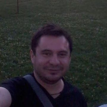 Marcelo Cerna, 44, Santiago, Chile