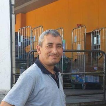 Ertugrul Bas, 45, Izmir, Turkey