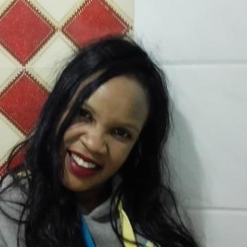 margaret, 37, Nairobi, Kenya
