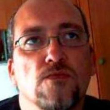 Carlos, 40, Caceres, Spain