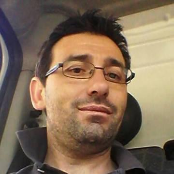 Andres Cobos, 42, Nerja, Spain