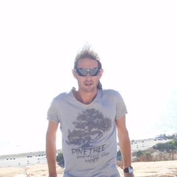 MICHAEL, 40, Nicosia, Cyprus