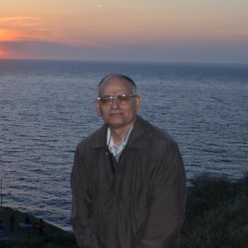 Haluk Öz, 59, Izmir, Turkey