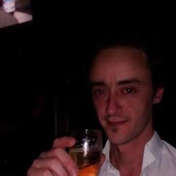David Salinas, 32, Longchamps, Argentina
