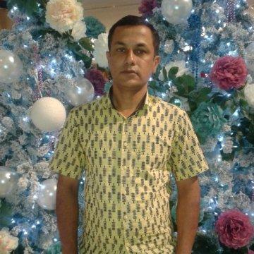 ahsan, 43, Dhaka, Bangladesh