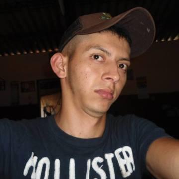 roberto cardenas, 24, San Salvador, El Salvador