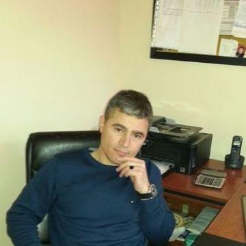 Ilhan Aydın, 45, Istanbul, Turkey