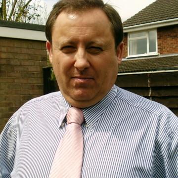 Drew, 44, Solihull, United Kingdom