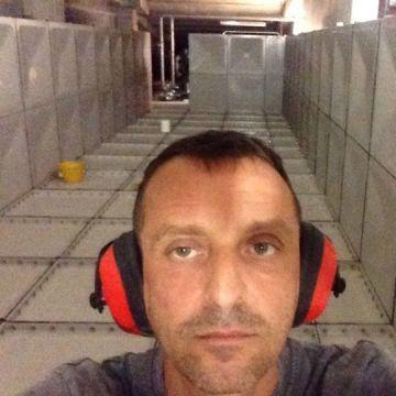 Paolo Aperlo, 40, Diano Marina, Italy