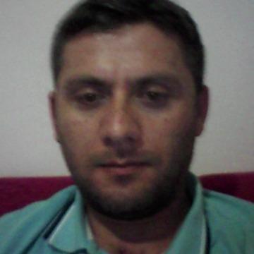 Hamit Tdz, 40, Istanbul, Turkey