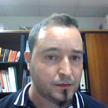 Domine, 37, Barcelona, Spain