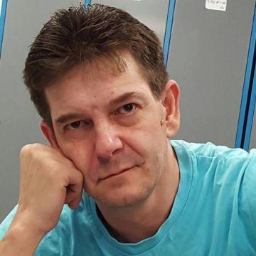 Walter Graizzaro, 44, Vicenza, Italy