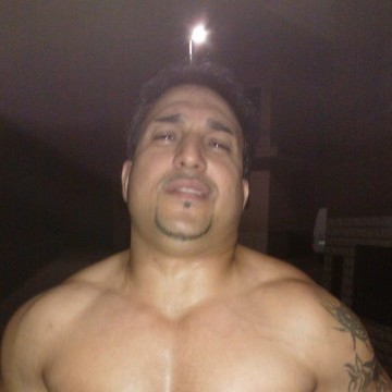 Biser Kovacev, 38, Valencia, Spain