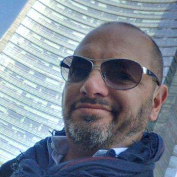 Marco, 48, Pisa, Italy