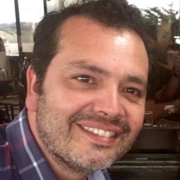 Vladimir Caviedes, 42, Valparaiso, Chile