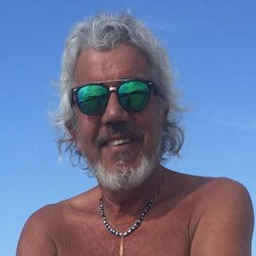 Tommy Mellace, 56, Buenos Aires, Argentina