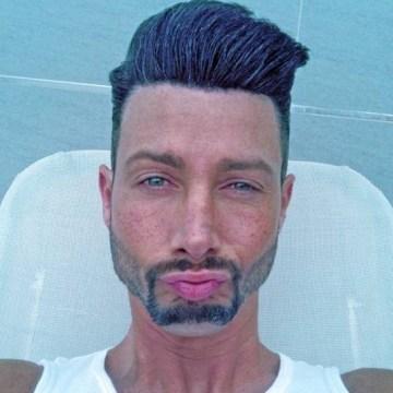 Miguel, 39, Granada, Spain