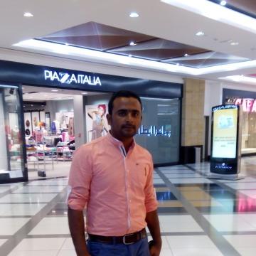 Jeemi Awan, 31, Abu Dhabi, United Arab Emirates