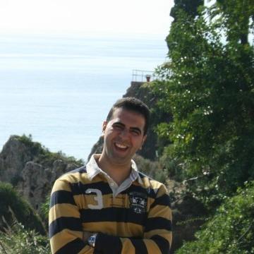 Hakim Hakimos, 37, Granada, Spain