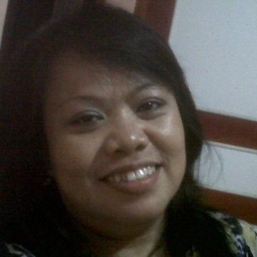 Ruthri Ruthri, 47, Bekasi, Indonesia