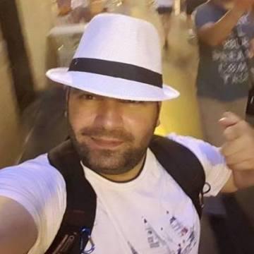 Serhan Ozdemir, 36, Istanbul, Turkey