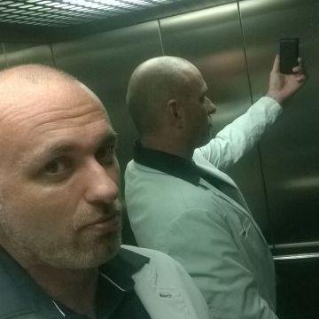 Fred, 47, Girona, Spain