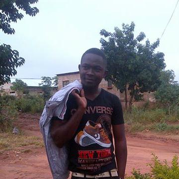 moses, 24, Lusaka, Zambia