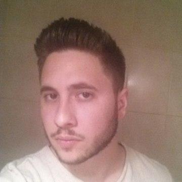 Manu Muñoz R, 28, Malaga, Spain