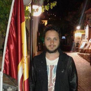 Doğan Öztokatlı, 30, Istanbul, Turkey