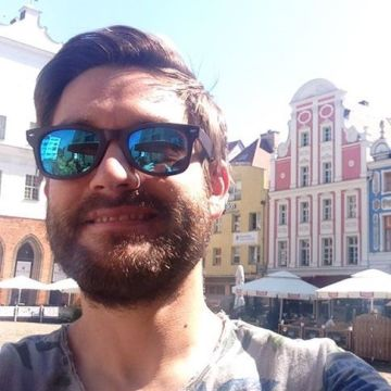 Gari Marcos, 35, Berlin, Germany