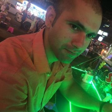 Sagar, 30, Delhi, India