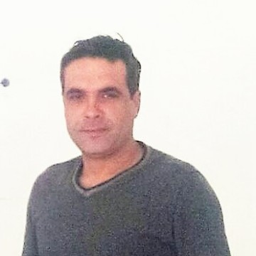 Ibrahim Nilüfer, 40, Istanbul, Turkey