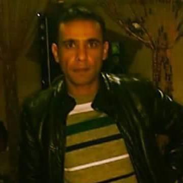 Yılmaz Sahın, 37, Tarsus, Turkey