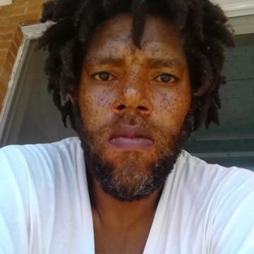 Bernard70inc, 46, El Paso, United States