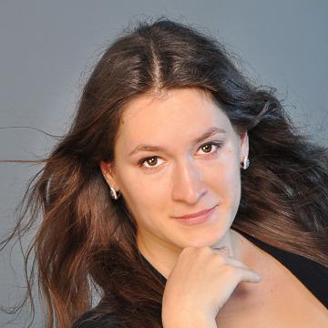 Nina, 26, Vienna, Austria