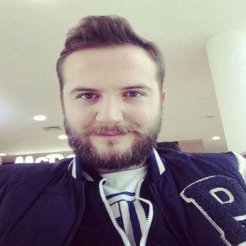 Emre, 26, Istanbul, Turkey
