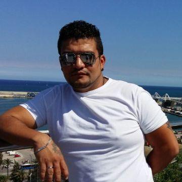 Benyi Stwart Hincapie Martinez, 36, Barcelona, Spain