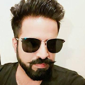 Vik Sahni, 30, Dubai, United Arab Emirates
