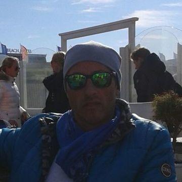 Enzo Marotta, 48, Bonn, Germany