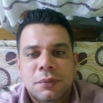 Ali Öztürk, 37, Adana, Turkey