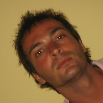 Toni, 38, Paracuellos De Jarama, Spain