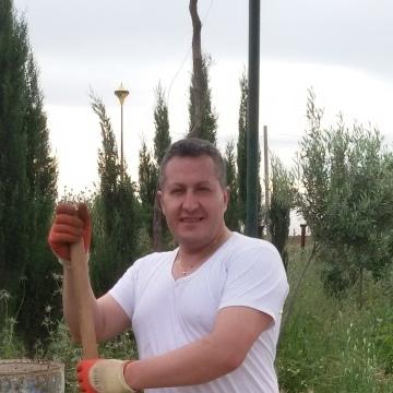 Tony Damerji, 48, Istanbul, Turkey