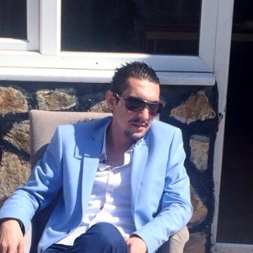 Aytuğ G. Ekenci, 51, Eskisehir, Turkey