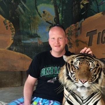 Jared, 33, Niagara Falls, United States